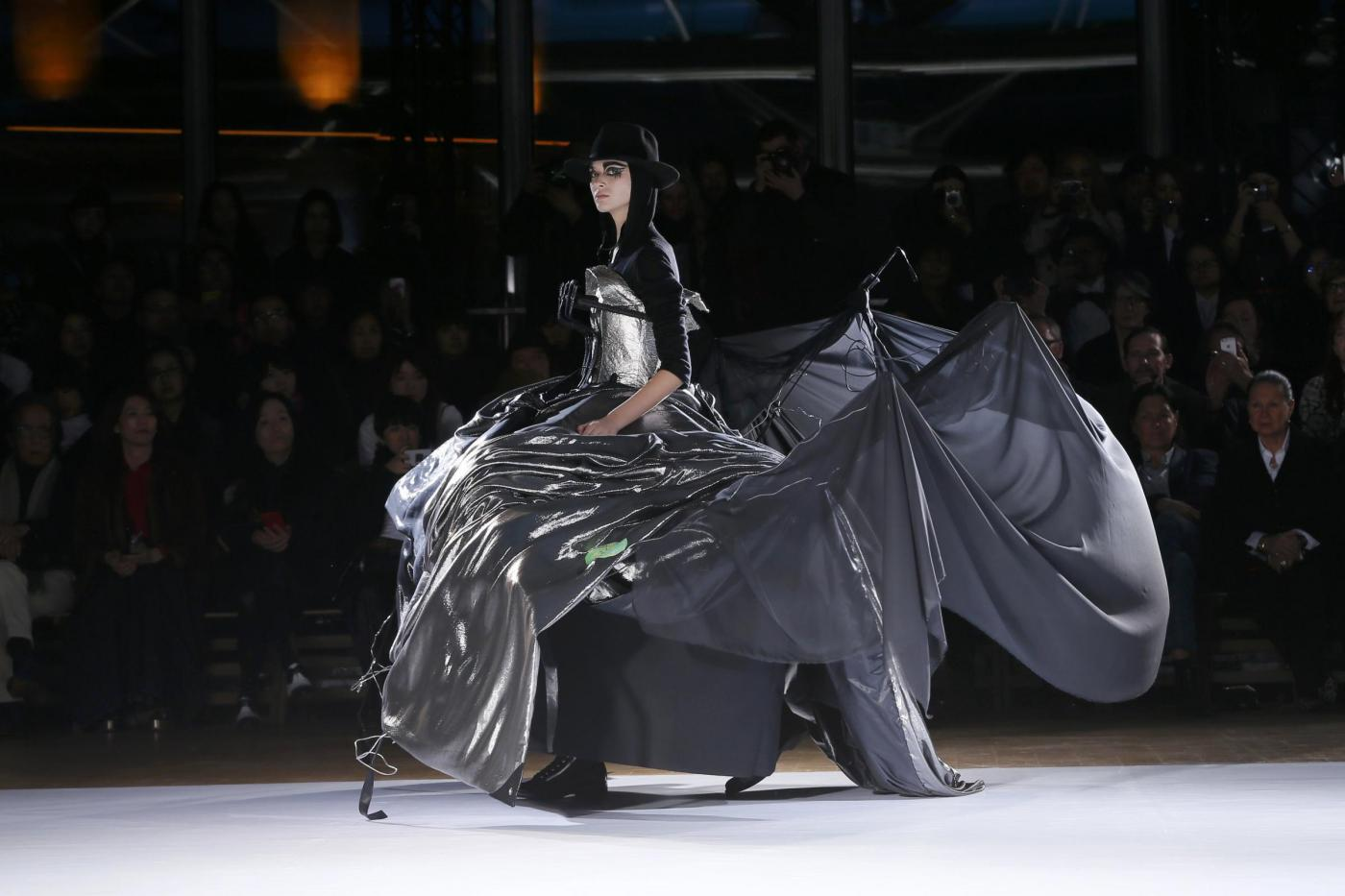 Exposition Art Blog: Avant-garde fashion designer Yohji Yamamoto